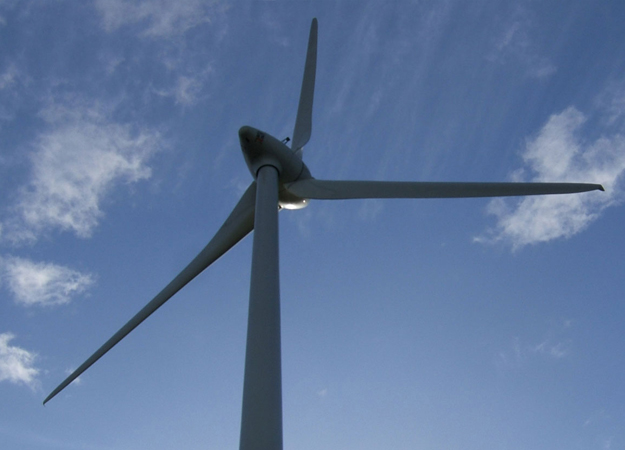 Britain's renewable electricity capacity overtakes fossil fuels