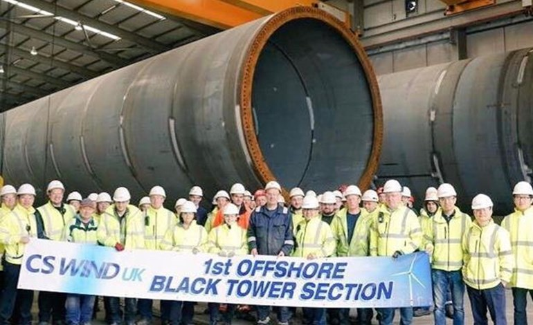 CS Wind toasts UK offshore first