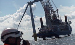 Wind steadies ship for EnBW